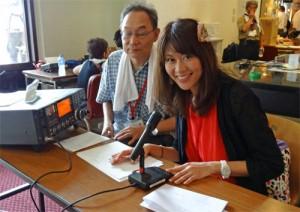 2013年の関西アマチュア無線フェスティバルで記念局を運用するMasaco
