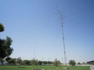 産油国のアマチュア無線連盟だけあった設備に圧倒したという
