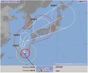気象庁が7日15時に発表した、台風24号の72時間進路予想図。西日本は完全に暴風域の中だ