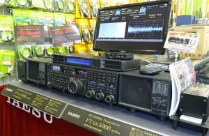 富士無線電機で開催された、プレミアムHF試聴会=10月20日撮影