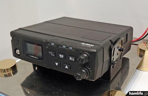 参考出品のデジタル消防救急無線受令機、DR-XF5