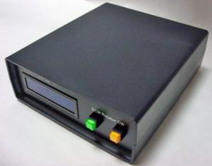 M-Phoenixから発売されているマルチコントローラー完成品「MRC-1」。サイズは149W×54H×170Dmm