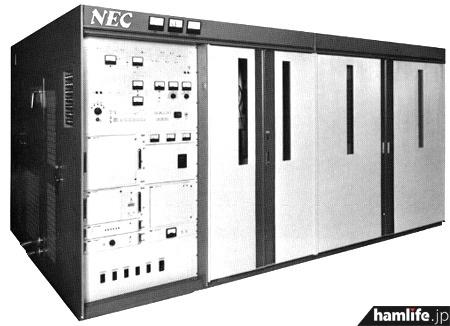 長柄送信所ではNEC製の「HFB-7847」という50kW真空管式送信機を5台設置している(ほかに10kW送信機も設置)。送信可能周波数範囲は3.2~15.6MHz、終段には蒸発冷却式の四極管、4CV50000Eを4本使用。変調方式はもちろん「終段プレート変調」である