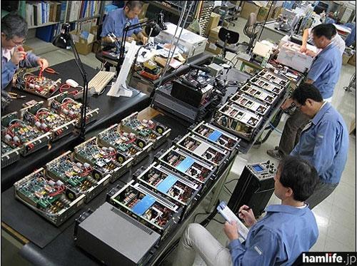 「Factory Tour」の写真。(TOKYO HY-POWER LABS USAのWebサイトより)