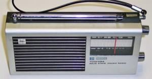 ちなみにこれが、東芝のラジオ・IC-70(前期型、輸出仕様)だ