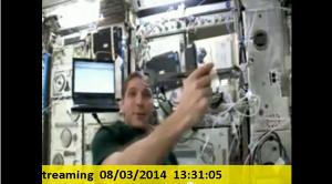 国際宇宙ステーション(ISS)内からのテスト映像には、モンキースパナーが浮いている様子も収められていた