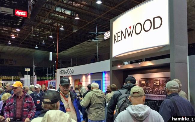 JVCケンウッドのブースはTS-990をメインに展示