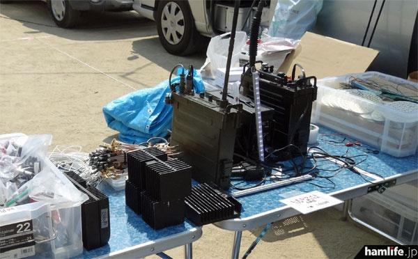 軍用無線機や各種ジャンクを販売