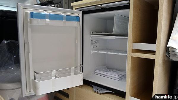 冷蔵庫もバッテリーで動作。実際によく冷えていた