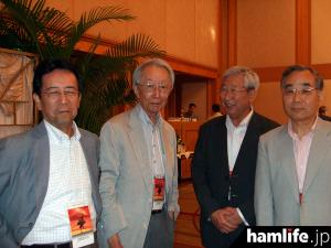 左からJH1ECG・大邊氏、JA1BK・溝口氏、JA1SYY・布川氏、JH1HGC・三浦氏