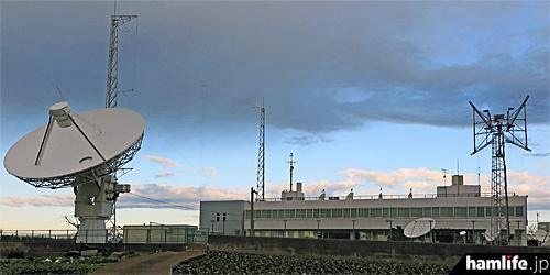 関東総合通信局の三浦電波監視センター(2015年1月撮影)