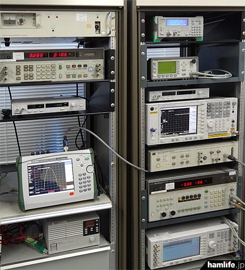 JARD保証事業センターが保有する測定機器の一部。今回のスプリアス実測もこれらの機器などを使って行われるという