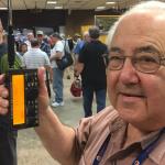 <写真リポート>デイトン・ハムベンション2016で実機初公開! 米国エレクラフト社のポケットサイズHF機「KX2」