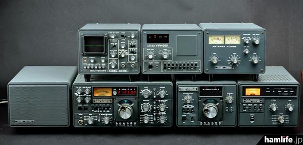 田井公一氏のコレクションのひとつ、FT-901ライン。YR-901はJA3AHQ 大村 崑氏が所有していたものだと言われている。(この写真は2012年、三才ブックスの「アマチュア無線機Collection」取材時に撮影したもの)