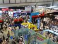 メーカーブースとビジネスコーナーを俯瞰撮影