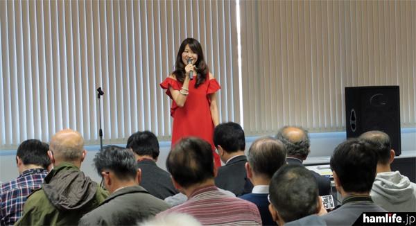 歌手Masaco(JH1CBX)のミニコンサートが2回開催された