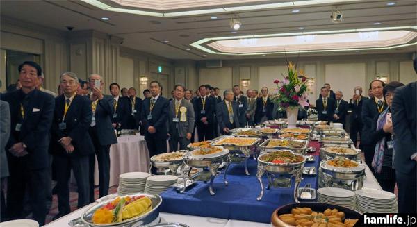 多数の関係者が出席した「2016 JARLアイボールミーティング」の模様