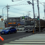 関東総合通信局、埼玉県坂戸市・国道407号線で免許を受けず不法にアマチュア無線機を設置していた2名を地元警察署へ告発